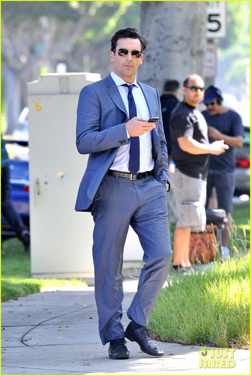 jon hamm sports million dollar look for million dollar arm 10