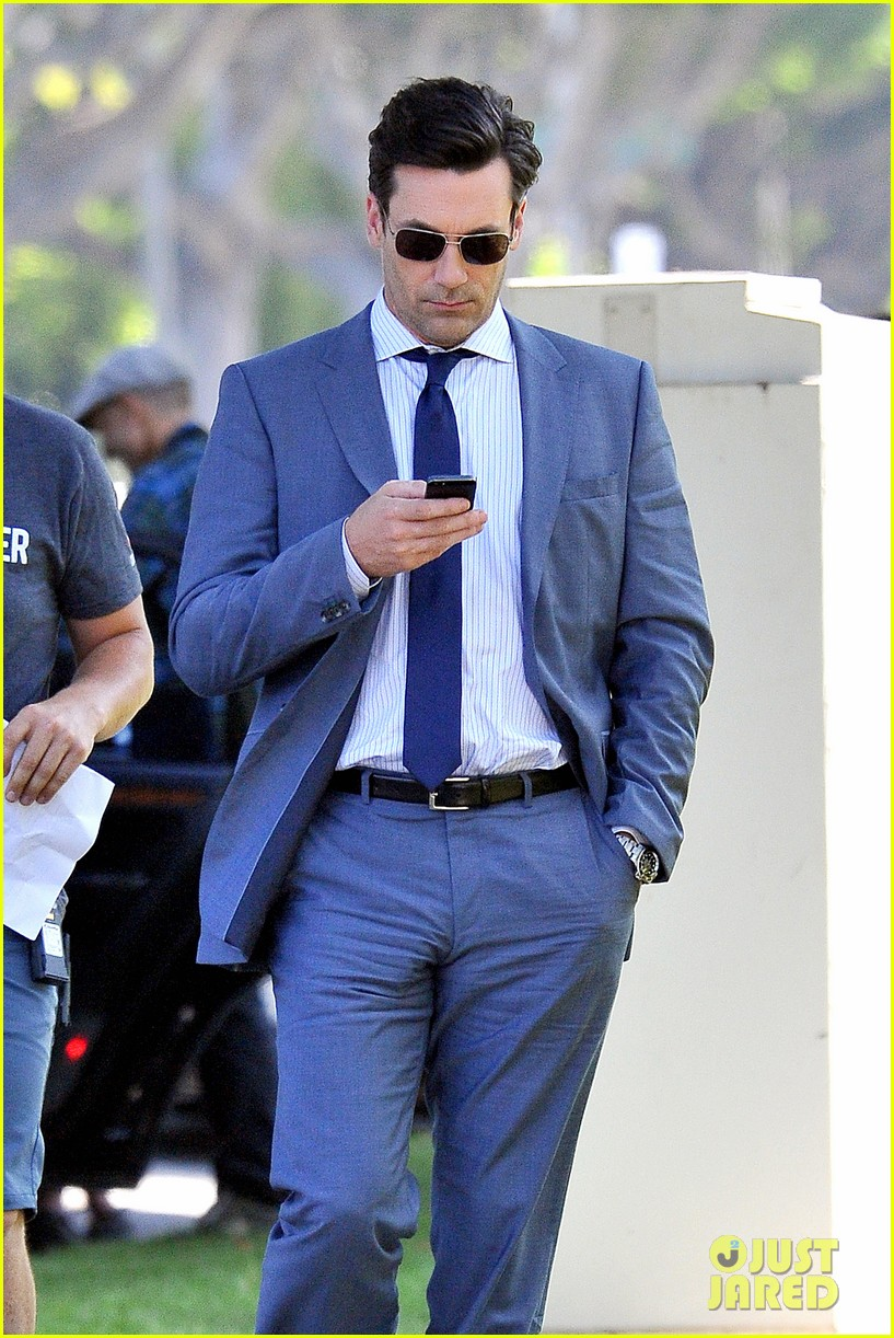 jon hamm sports million dollar look for million dollar arm 112918957