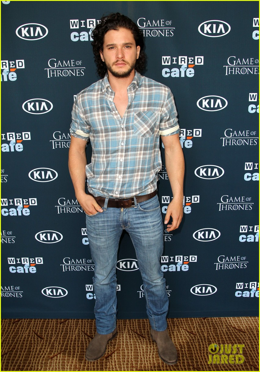 kit harington norman reedus wired cafe at comic con 012911784