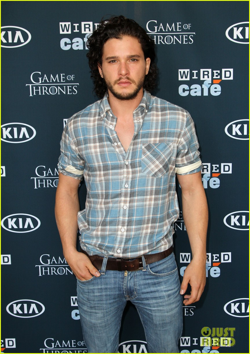 kit harington norman reedus wired cafe at comic con 122911795