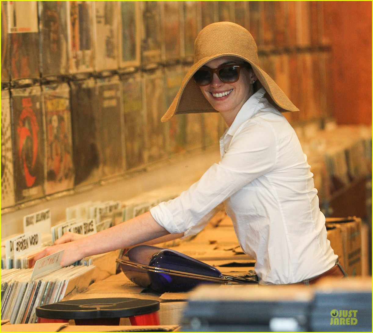 anne hathaway adam shulman search for vintage vinyl records 162906709