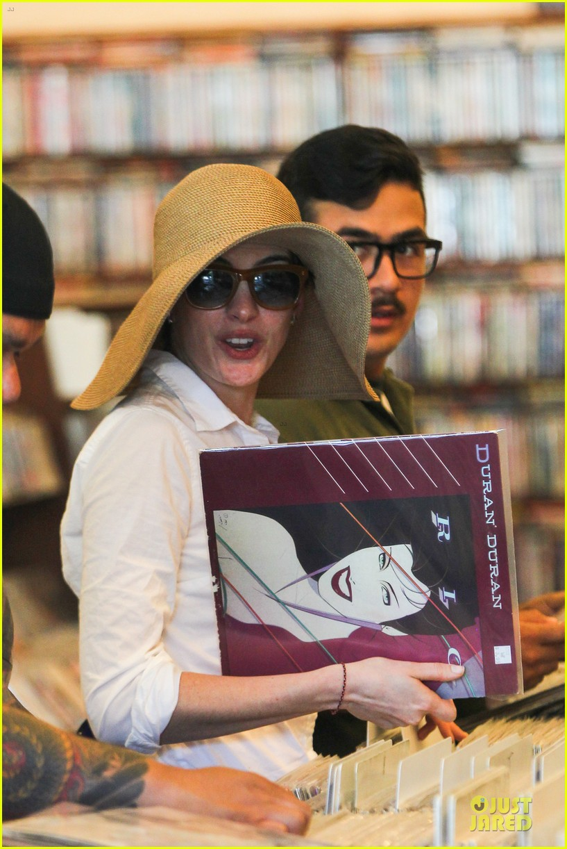 anne hathaway adam shulman search for vintage vinyl records 182906711