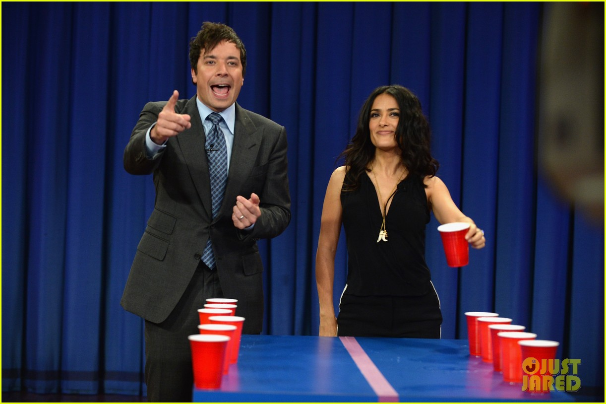 salma hayek plays beer pong on late night with jimmy fallon 082908221