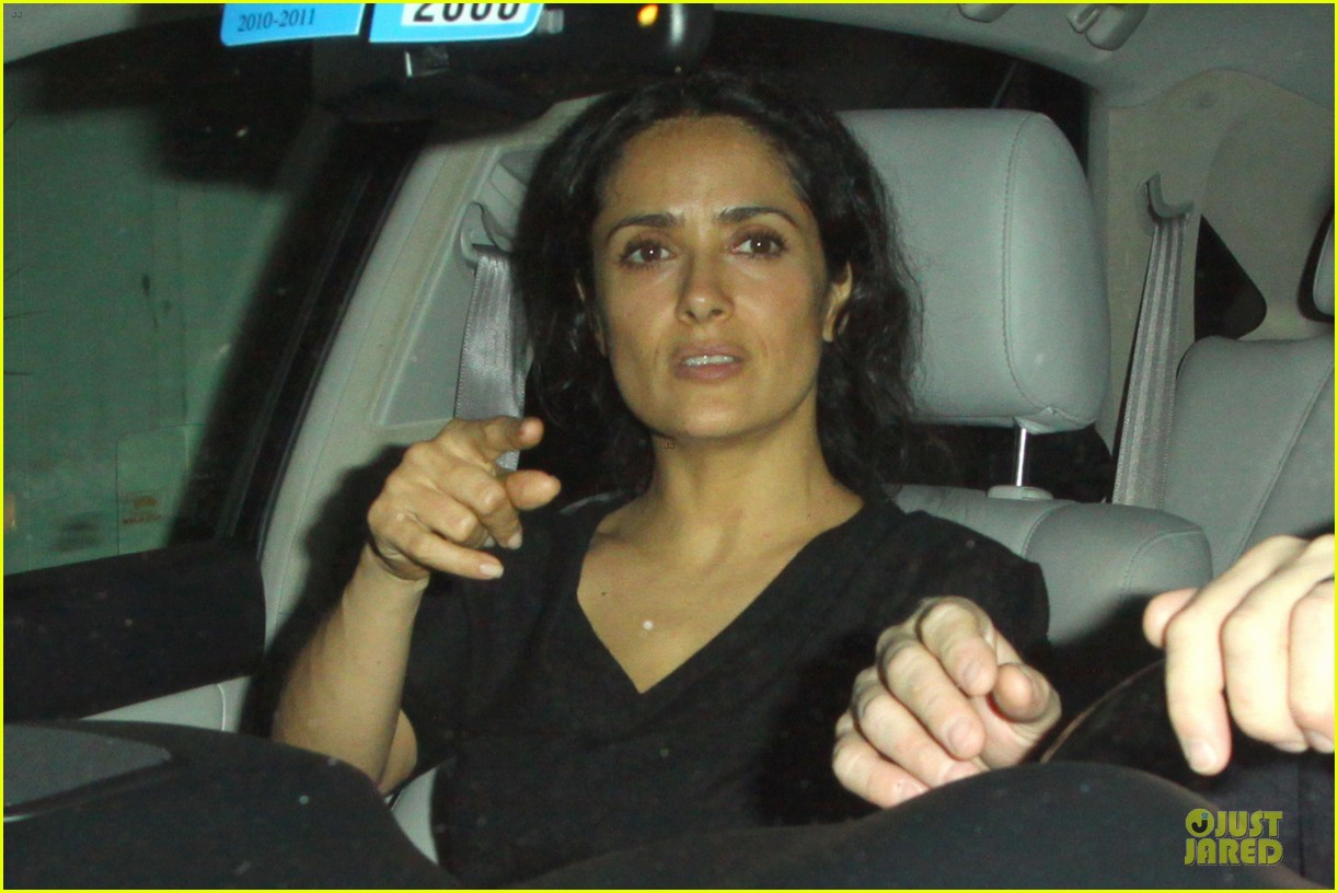 salma hayek respects angelina jolie double mastectomy decision 042910201