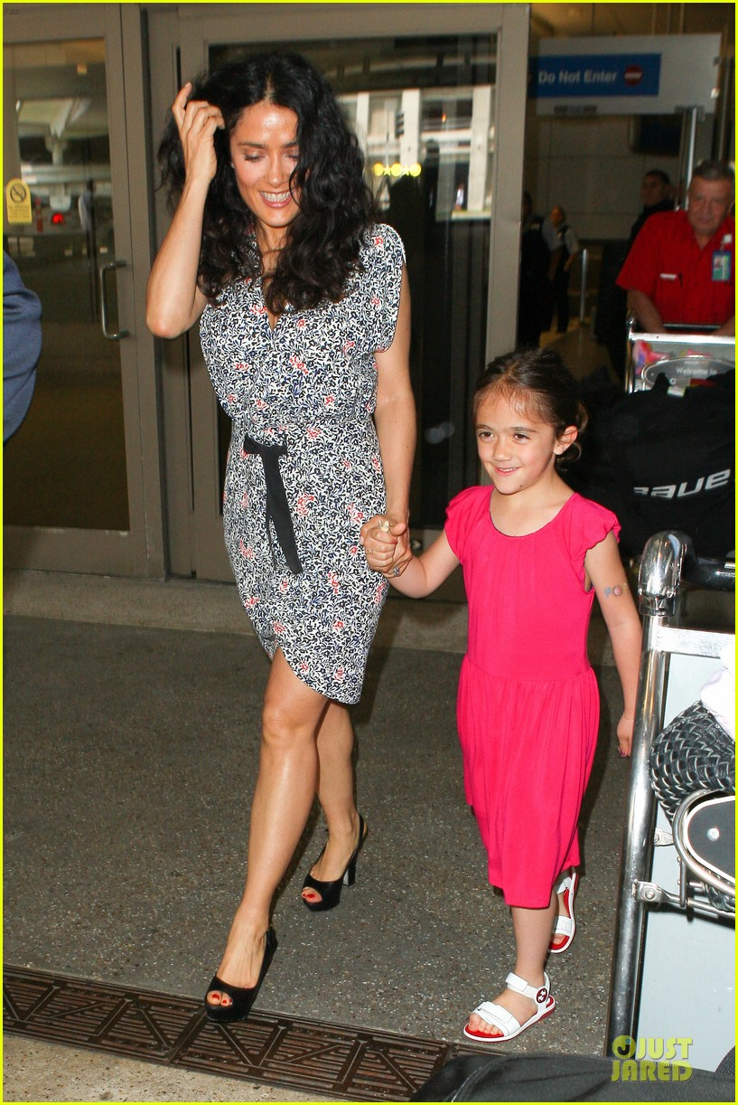 salma hayek valentina lax arrival before grown up 2 promotion 012902396