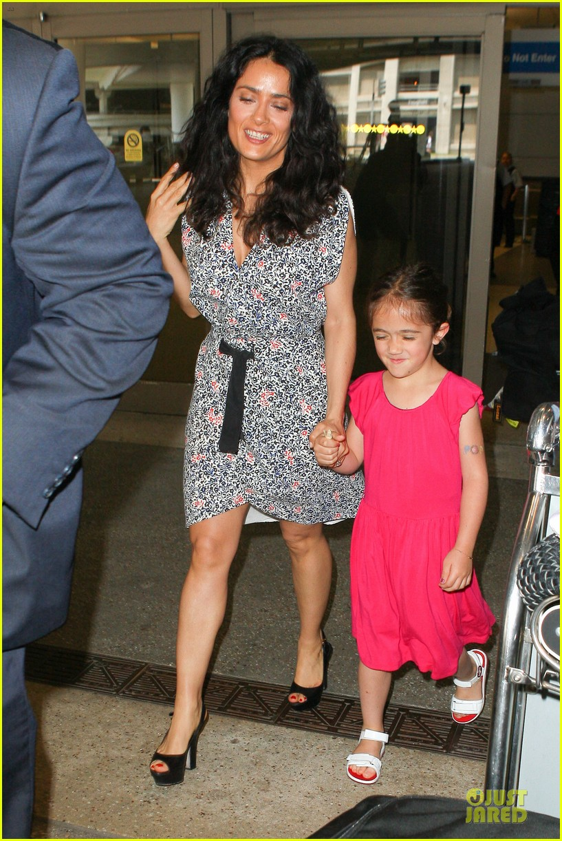 salma hayek valentina lax arrival before grown up 2 promotion 032902398