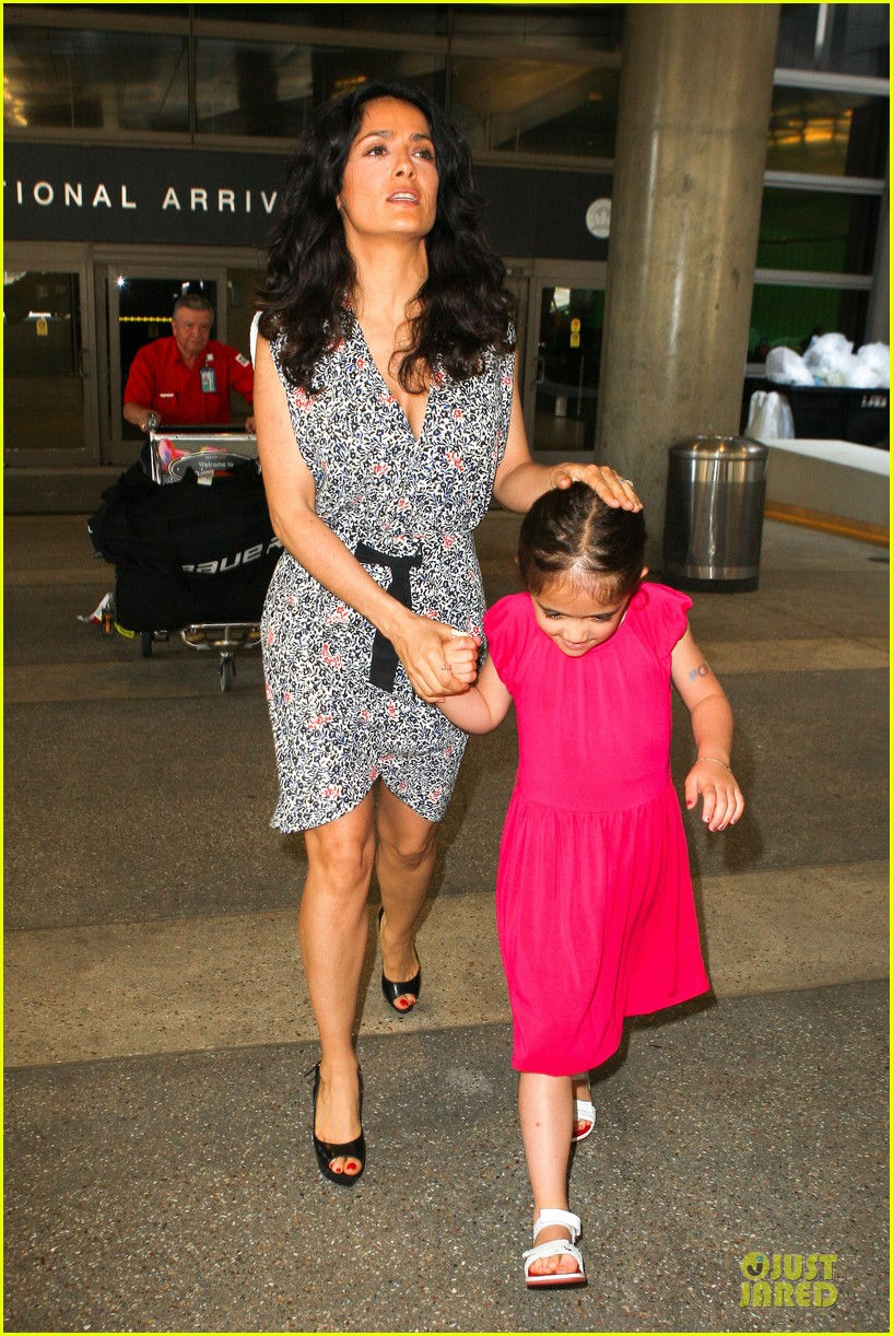 salma hayek valentina lax arrival before grown up 2 promotion 122902407