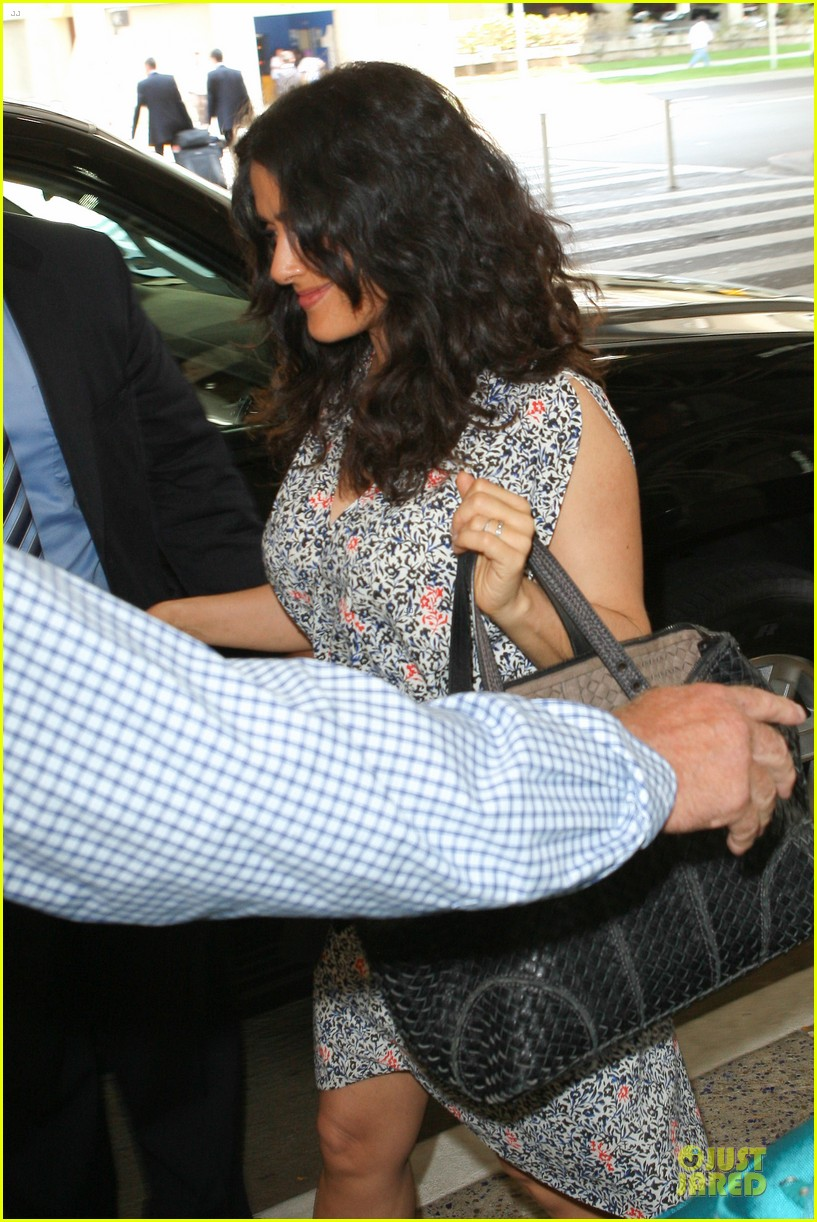 salma hayek valentina lax arrival before grown up 2 promotion 132902408