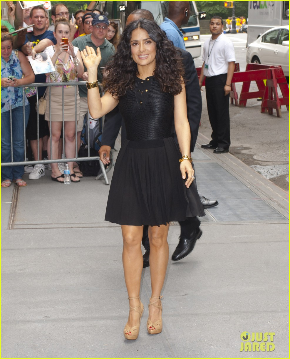 salma hayek adam sandler promote grown ups 2 before premiere 01