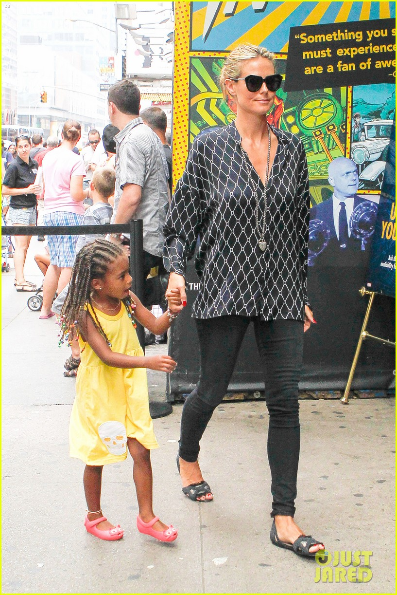 heidi klum martin kirsten spider man on broadway with the kids 322907386