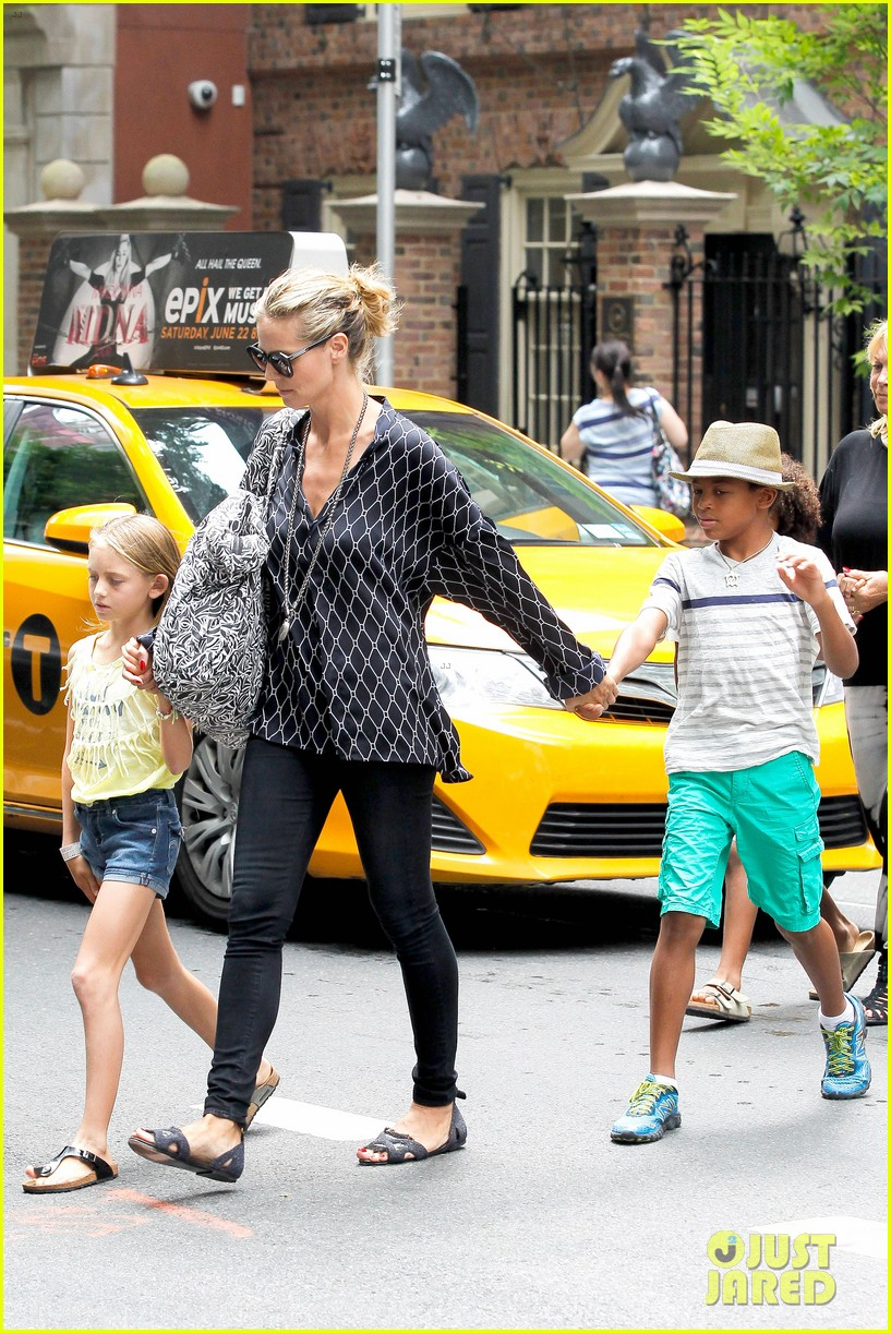 heidi klum martin kirsten spider man on broadway with the kids 362907390