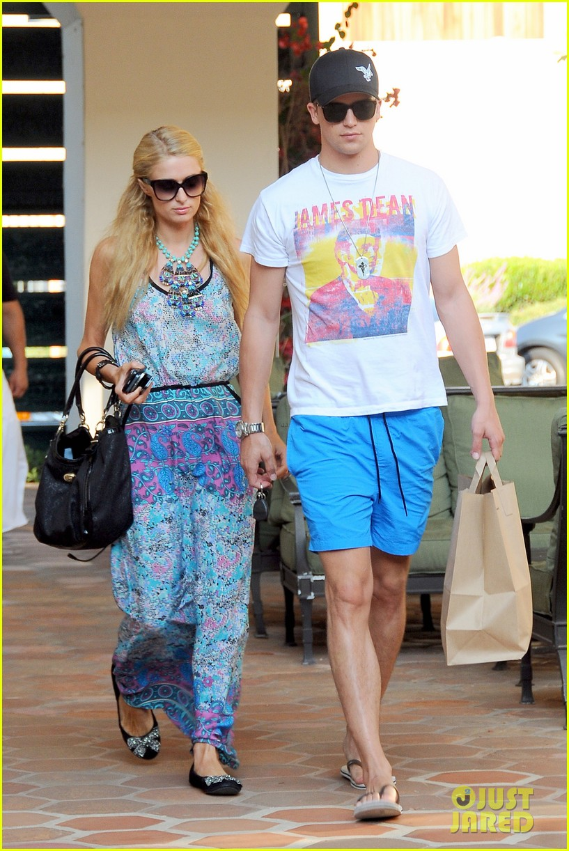paris hilton malibu bikini babe after lunch with river viiperi 082905914