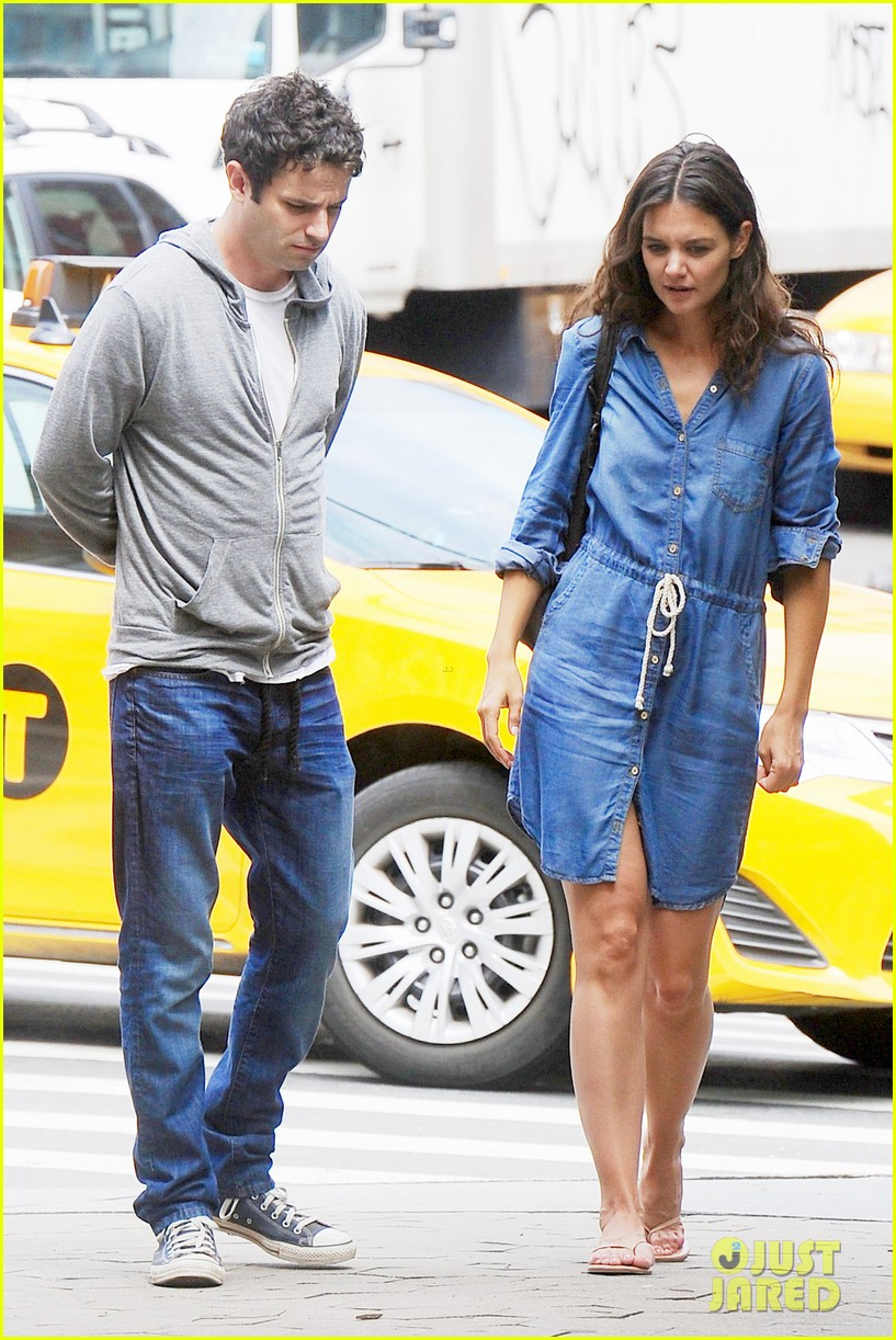 katie holmes luke kirby back to work on mania days 082915217