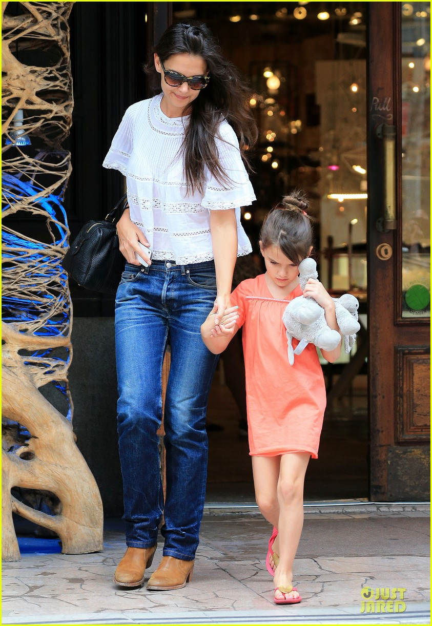 katie holmes suri shop for home furnishings 032918048