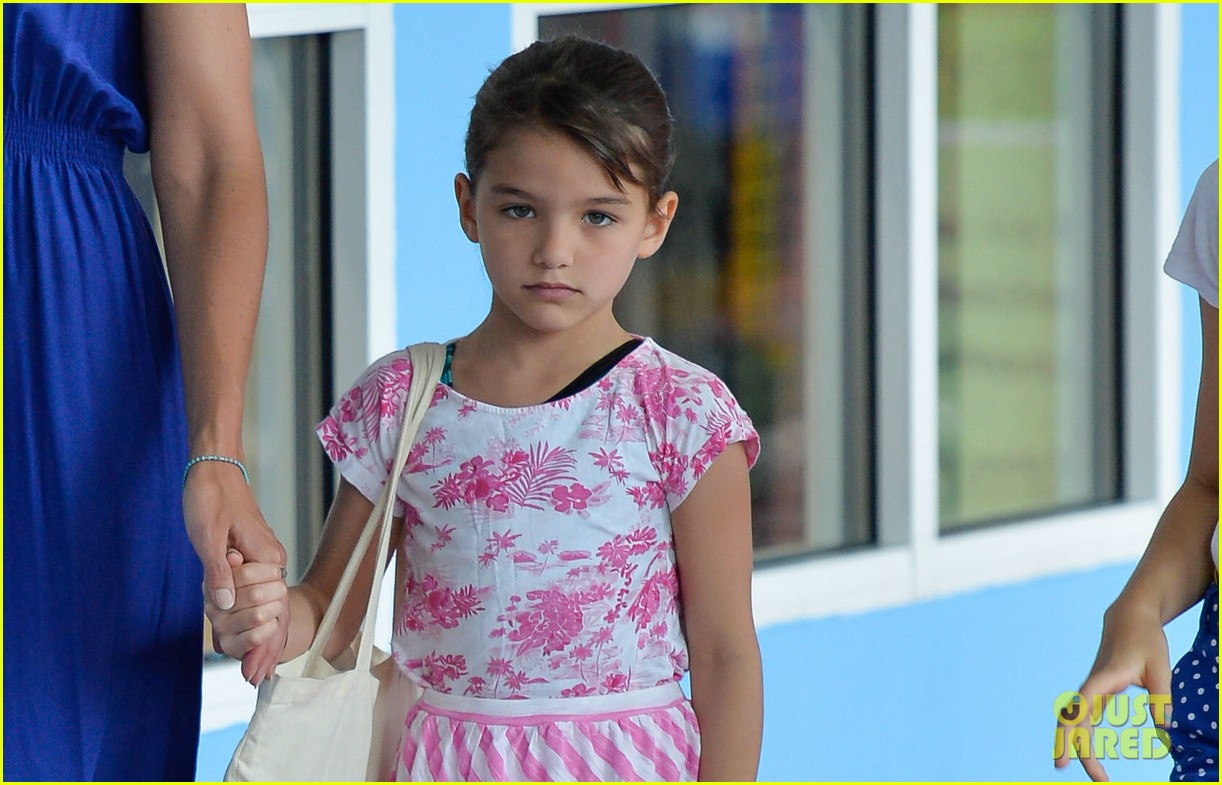 katie holmes suri good morning chelsea pier 022907872