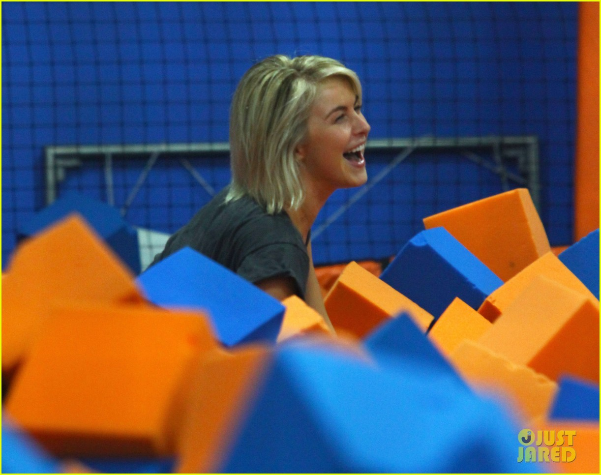 julianne hough tumbles in the air at trampoline park 032908427