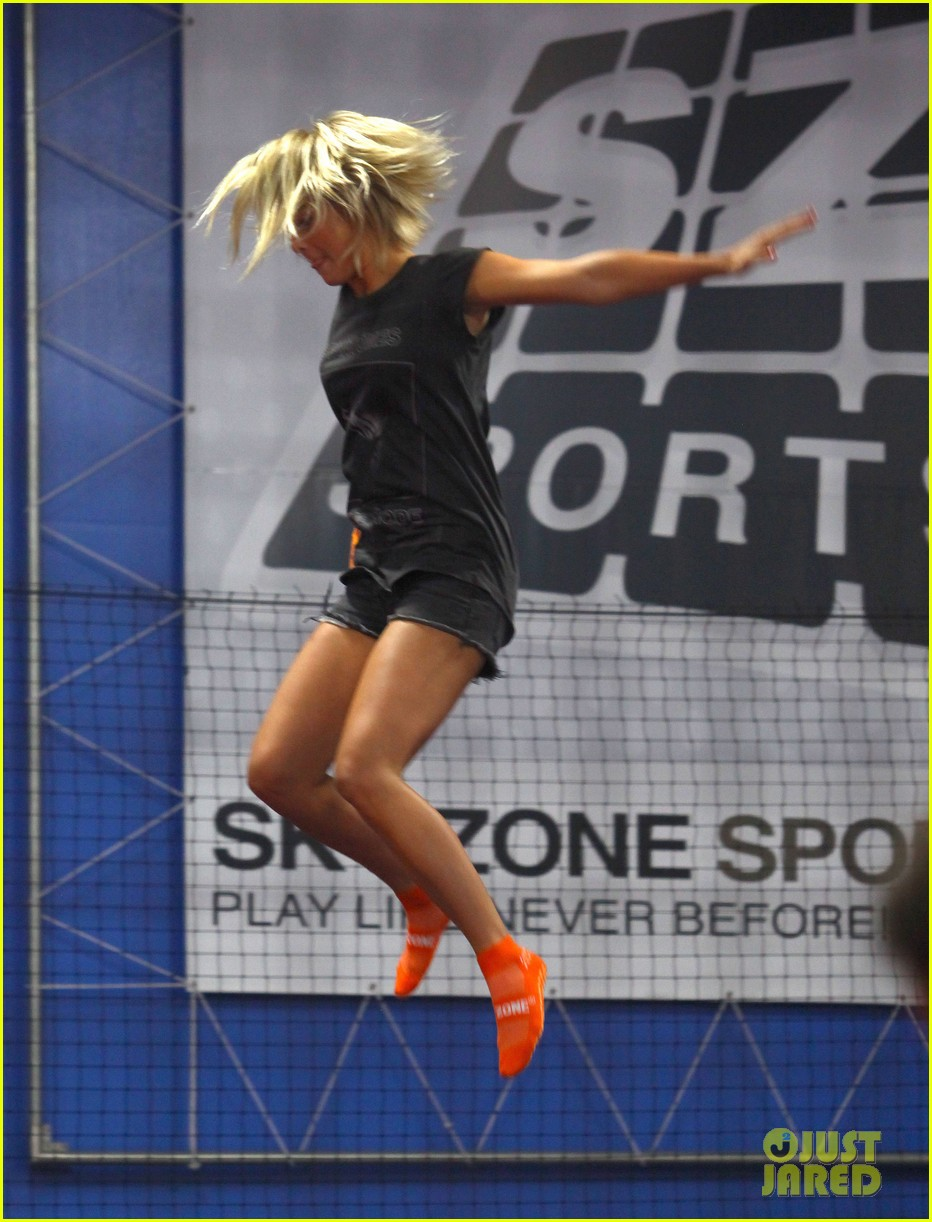 julianne hough tumbles in the air at trampoline park 122908436