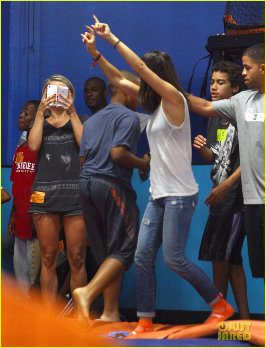 julianne hough tumbles in the air at trampoline park 242908448