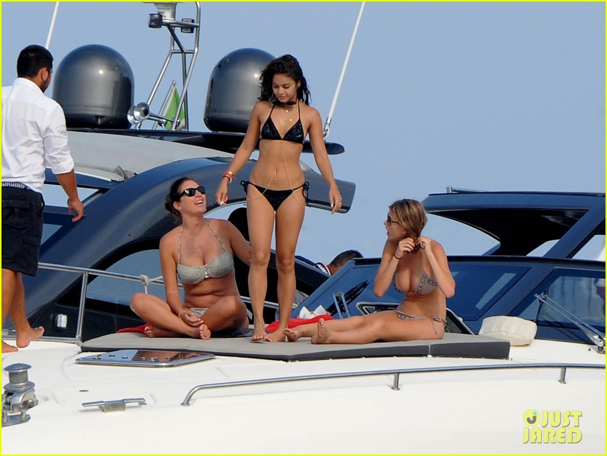 vanessa hudgens bikini boating babe in italy 032912373