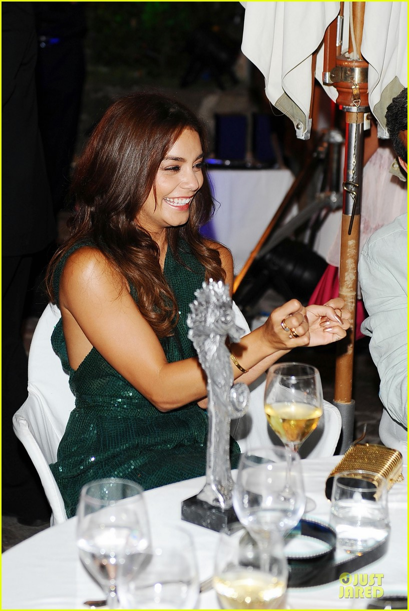 vanessa hudgens ischia global icon award recipient 052912647