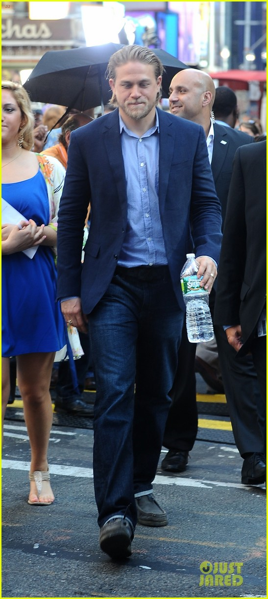 charlie hunnam pacific rim nyc promotion 05