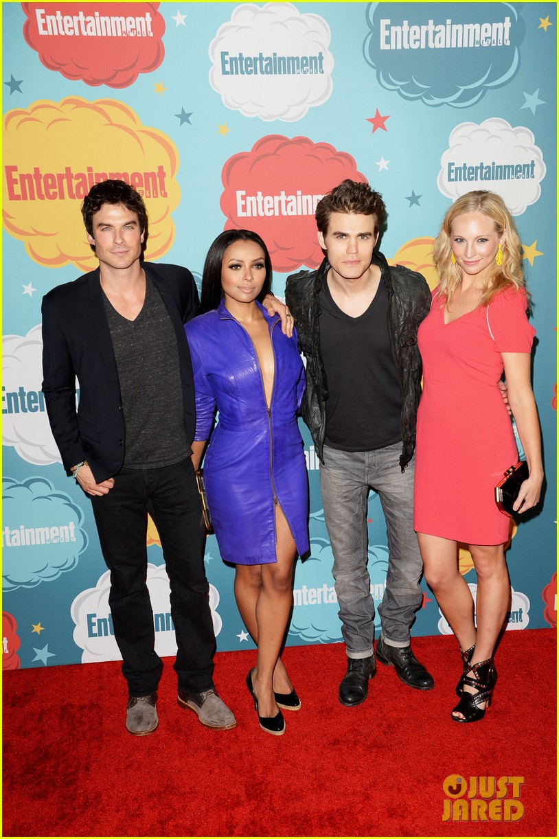 ian somerhalder daniel gillies vampire diaries originals at ew comic con party 112913919