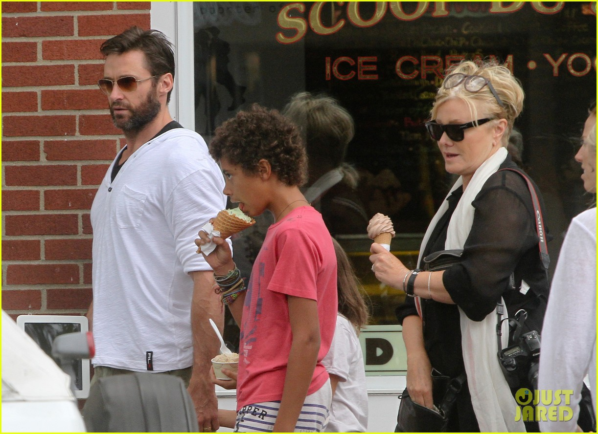 hugh jackman hangs with family wolverine hits theaters 022917600