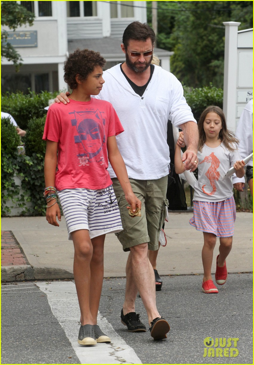 hugh jackman hangs with family wolverine hits theaters 06
