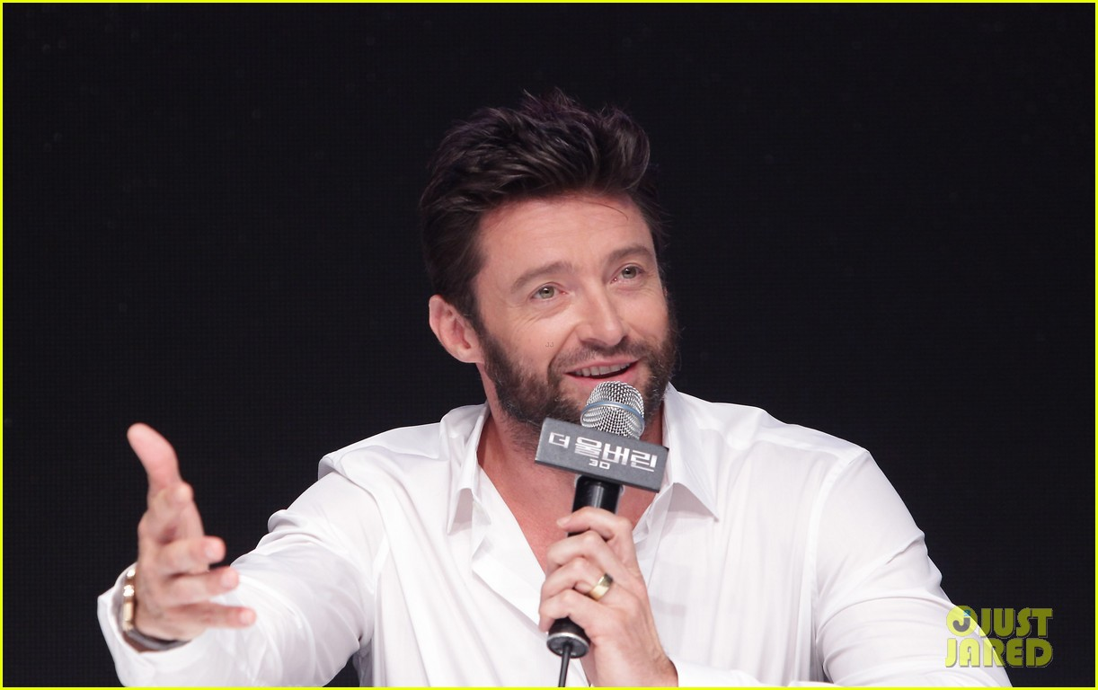 hugh jackman wolverine press conference in seoul 24
