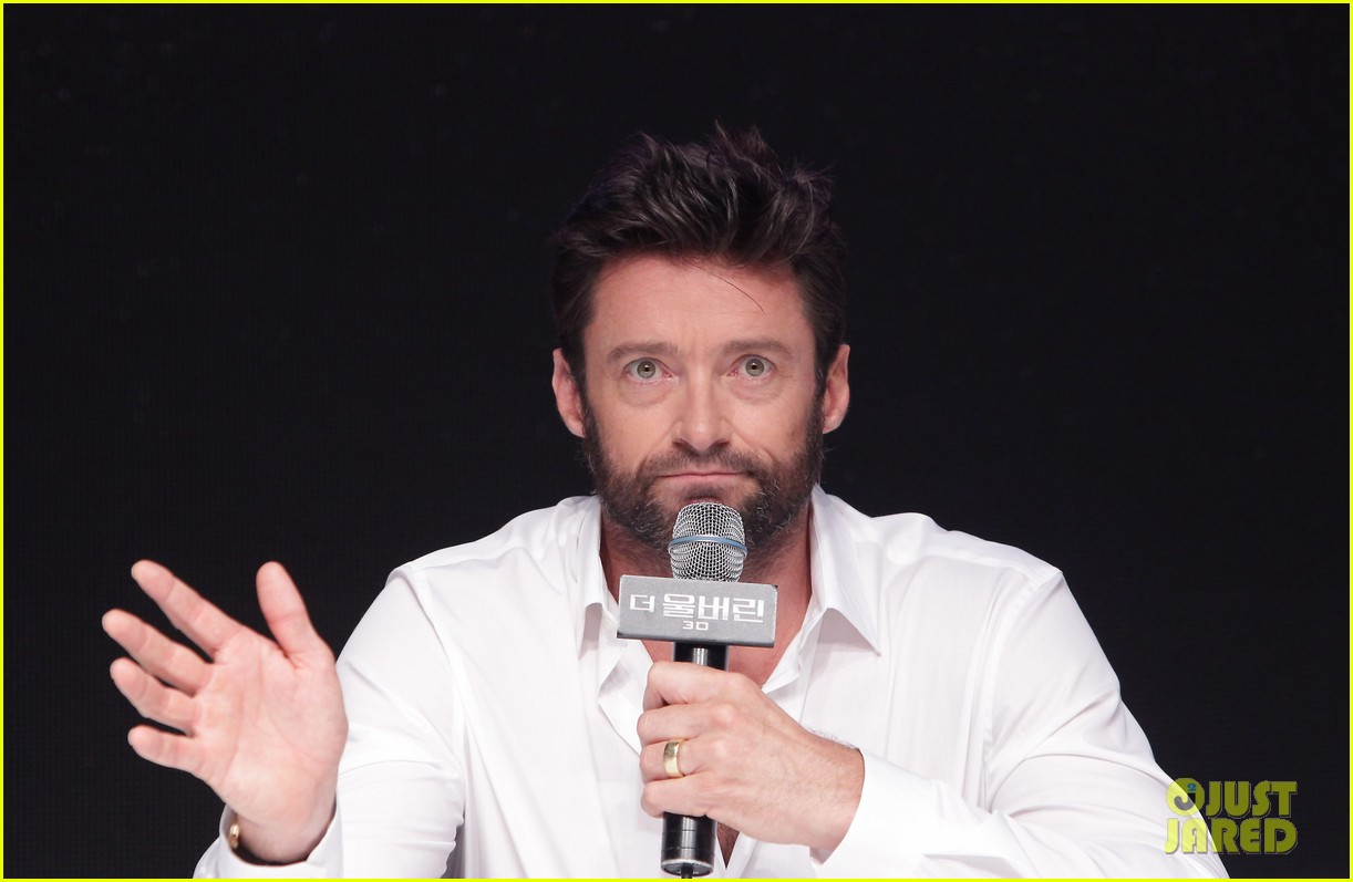 hugh jackman wolverine press conference in seoul 27