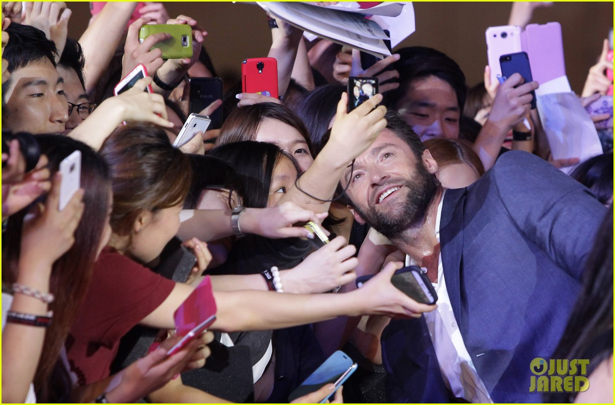hugh jackman the wolverine south korea premiere 10
