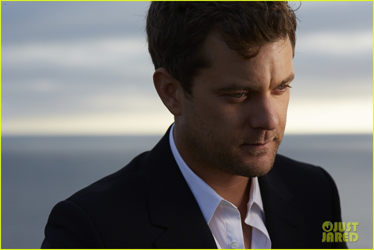 joshua jackson mr porter fashion feature 072920211