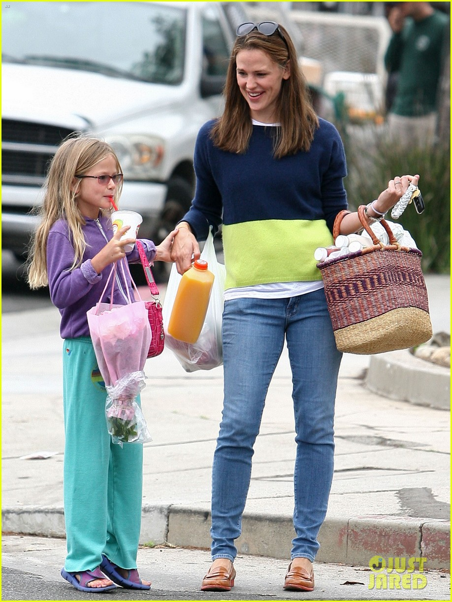 jennifer garner mother daughter morning with violet 012918743