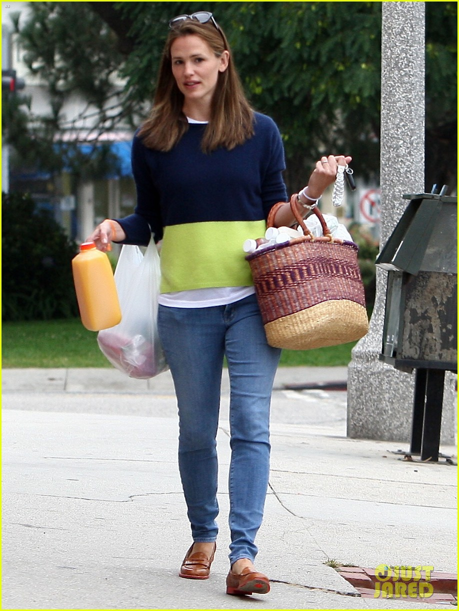jennifer garner mother daughter morning with violet 042918746