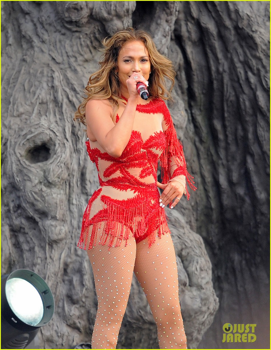 jennifer lopez british summer time hyde park 04