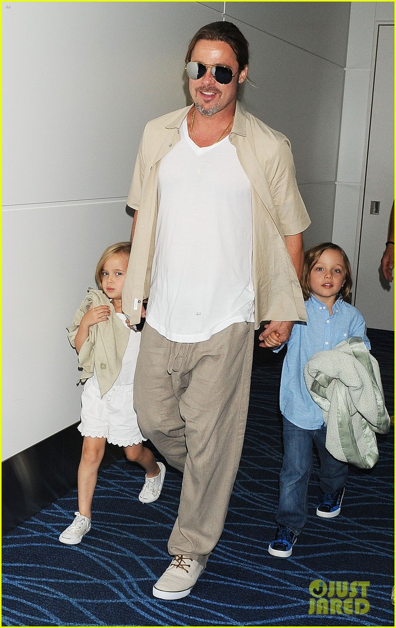angelina jolie brad pitt japan exit with the kids 022919928