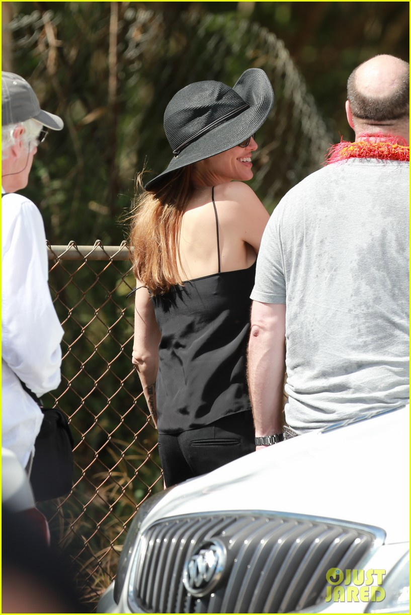 angelina jolie scouts filming locations in hawaii 162906642