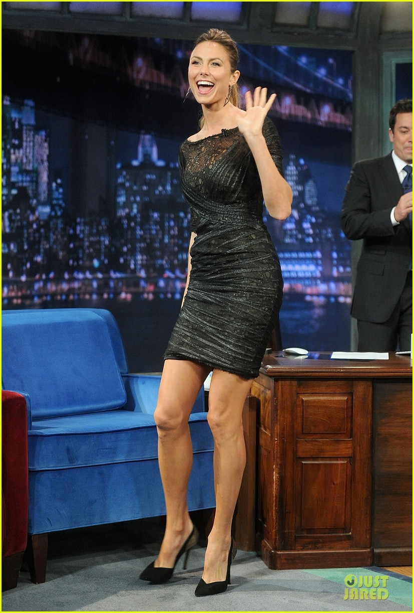 stacy keibler joins jesse the rippers on fallon 03