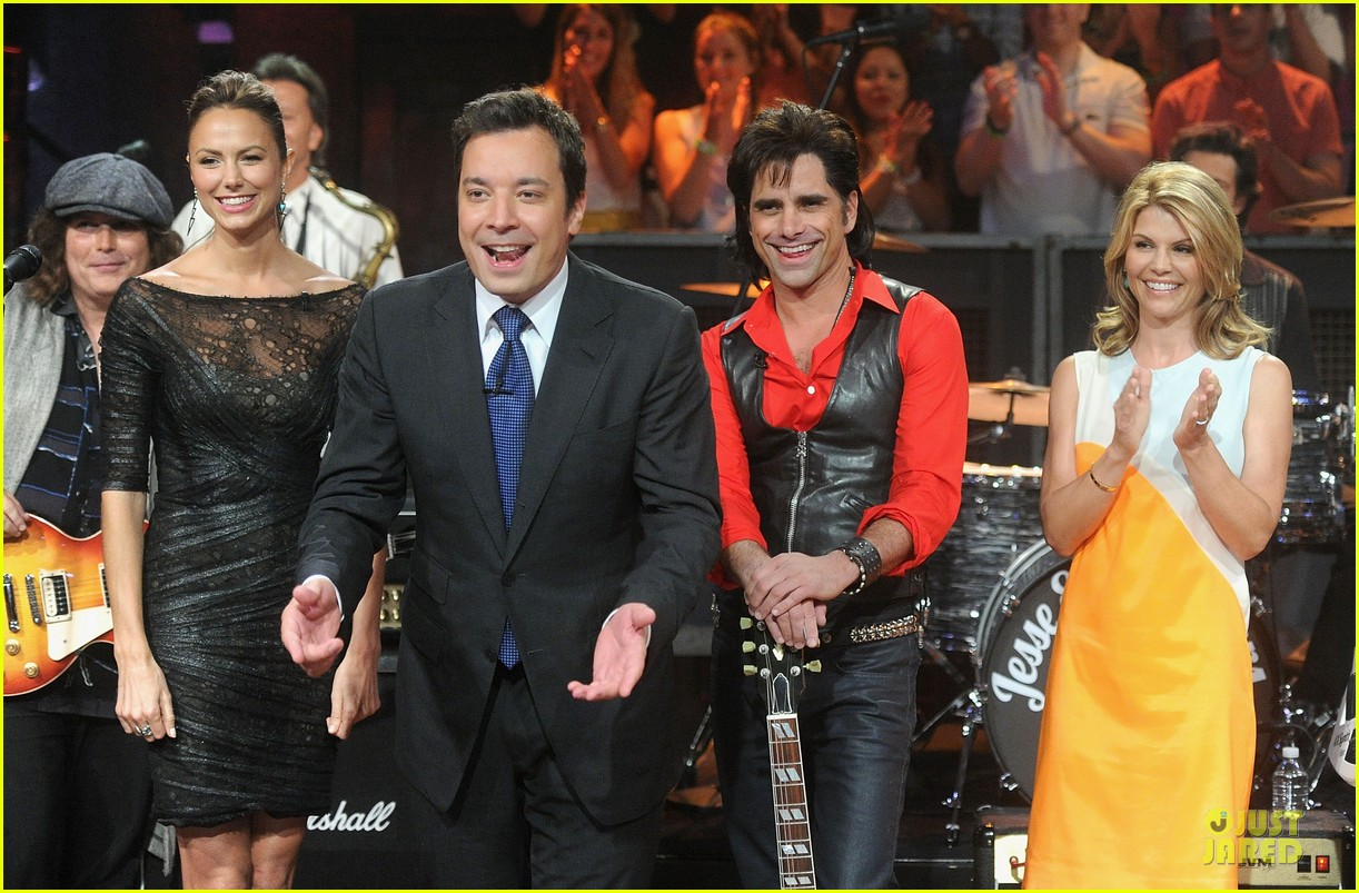 stacy keibler joins jesse the rippers on fallon 062912815