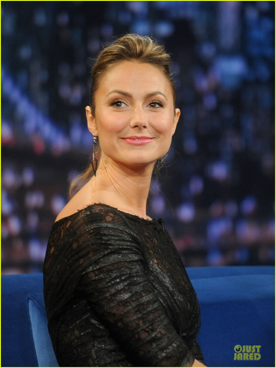 stacy keibler joins jesse the rippers on fallon 152912824