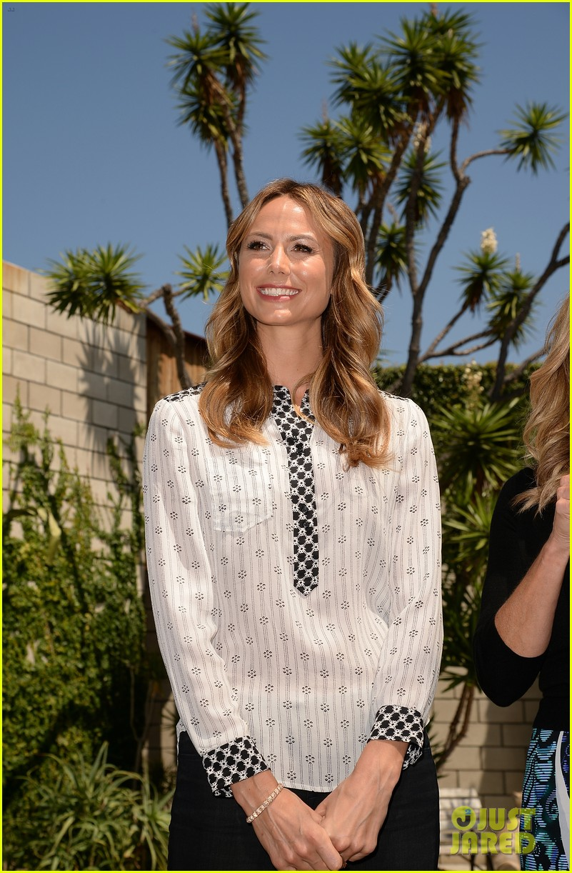 stacy keibler promote new show after george clooney split 092909865