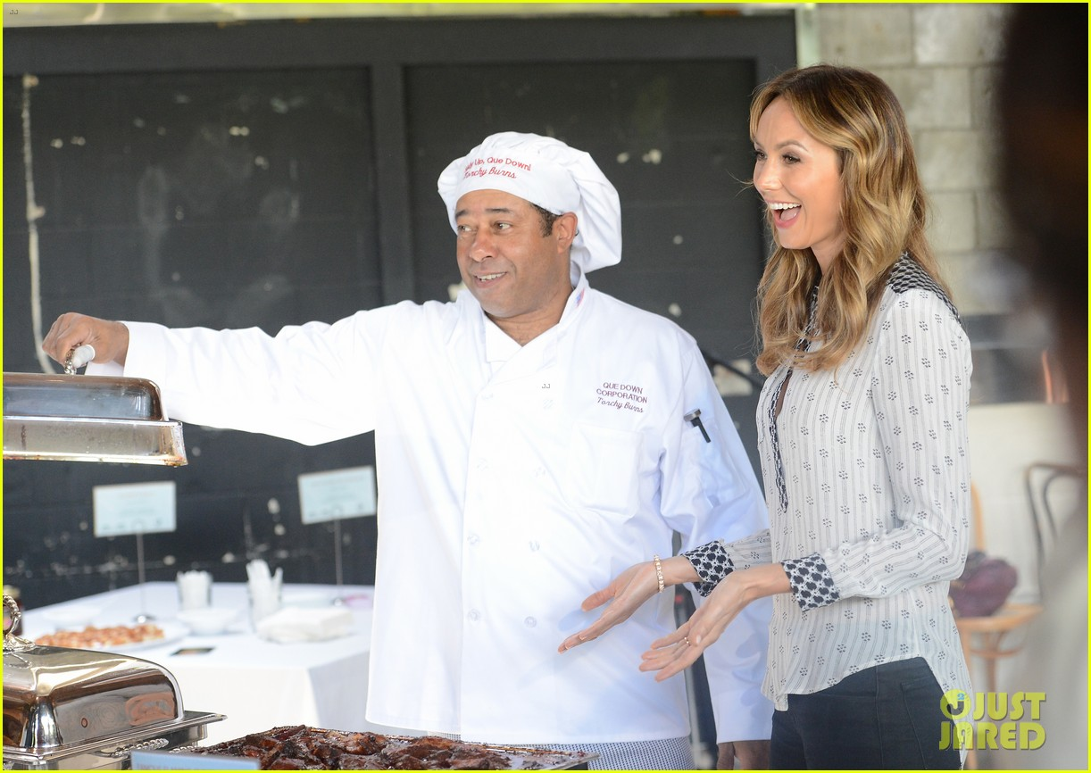 stacy keibler promote new show after george clooney split 122909868