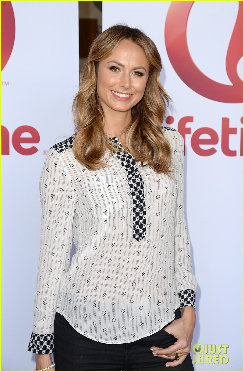 stacy keibler promote new show after george clooney split 132909869