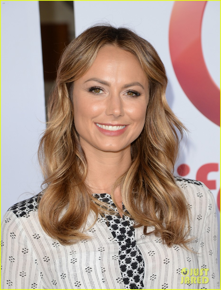 stacy keibler promote new show after george clooney split 172909873
