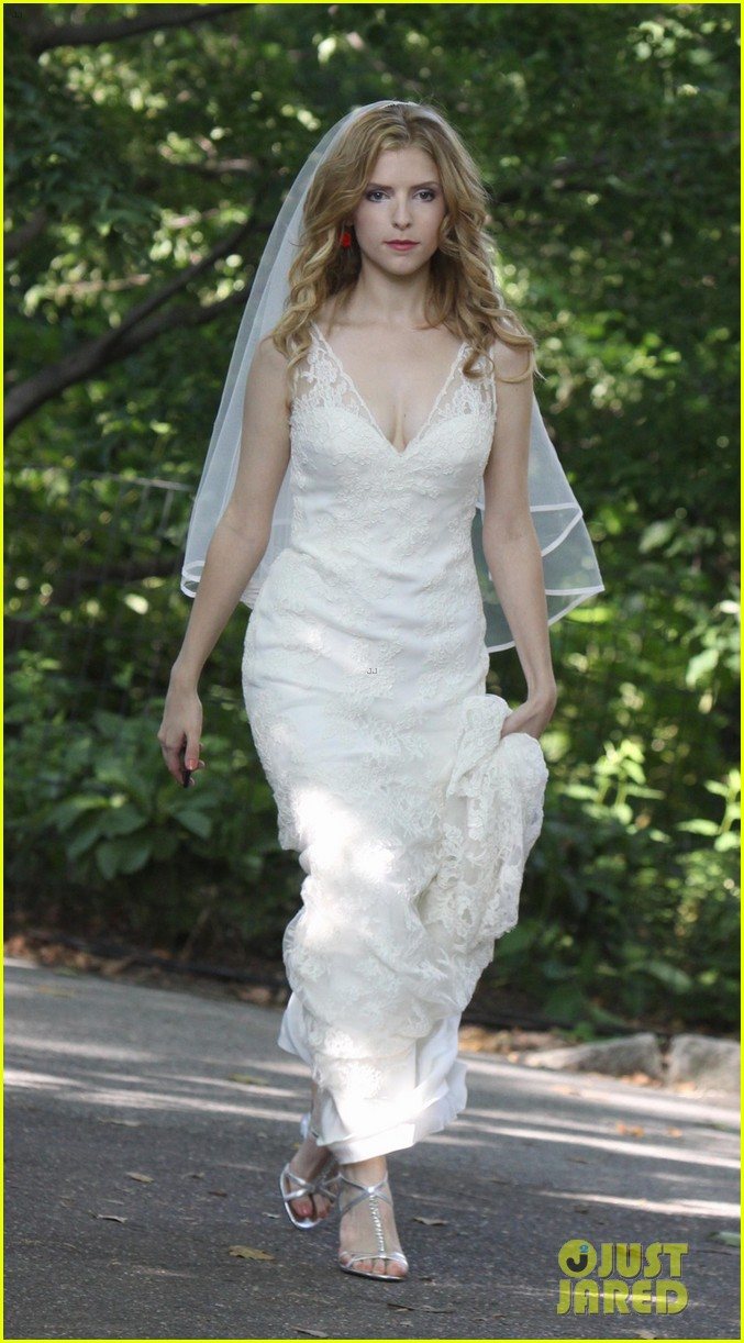 anna kendrick jeremy jordan last 5 years wedding scene 032905990