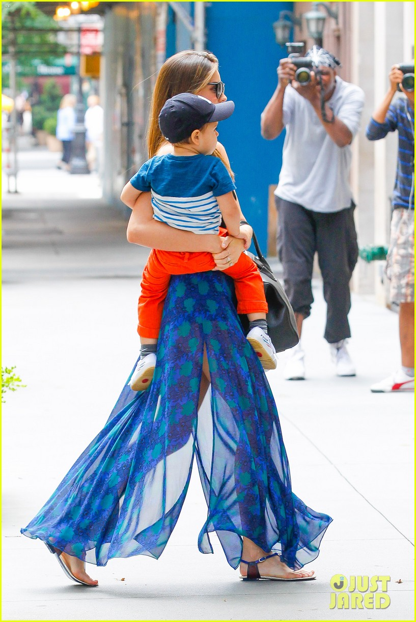 miranda kerr orlando bloom family day with flynn 052908844