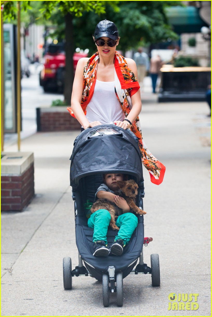 miranda kerr central park morning with flynn frankie 102917478