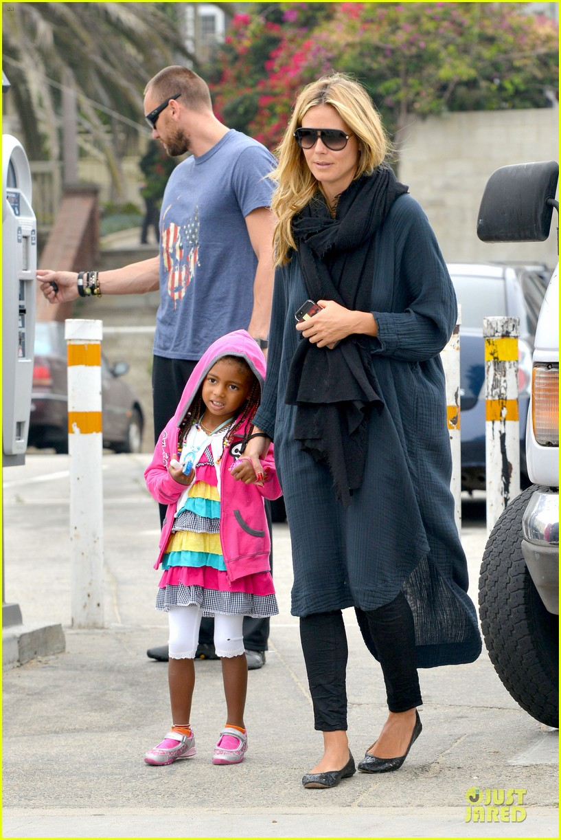 heidi klum martin kirsten venice beach bonding after nyc departure 06