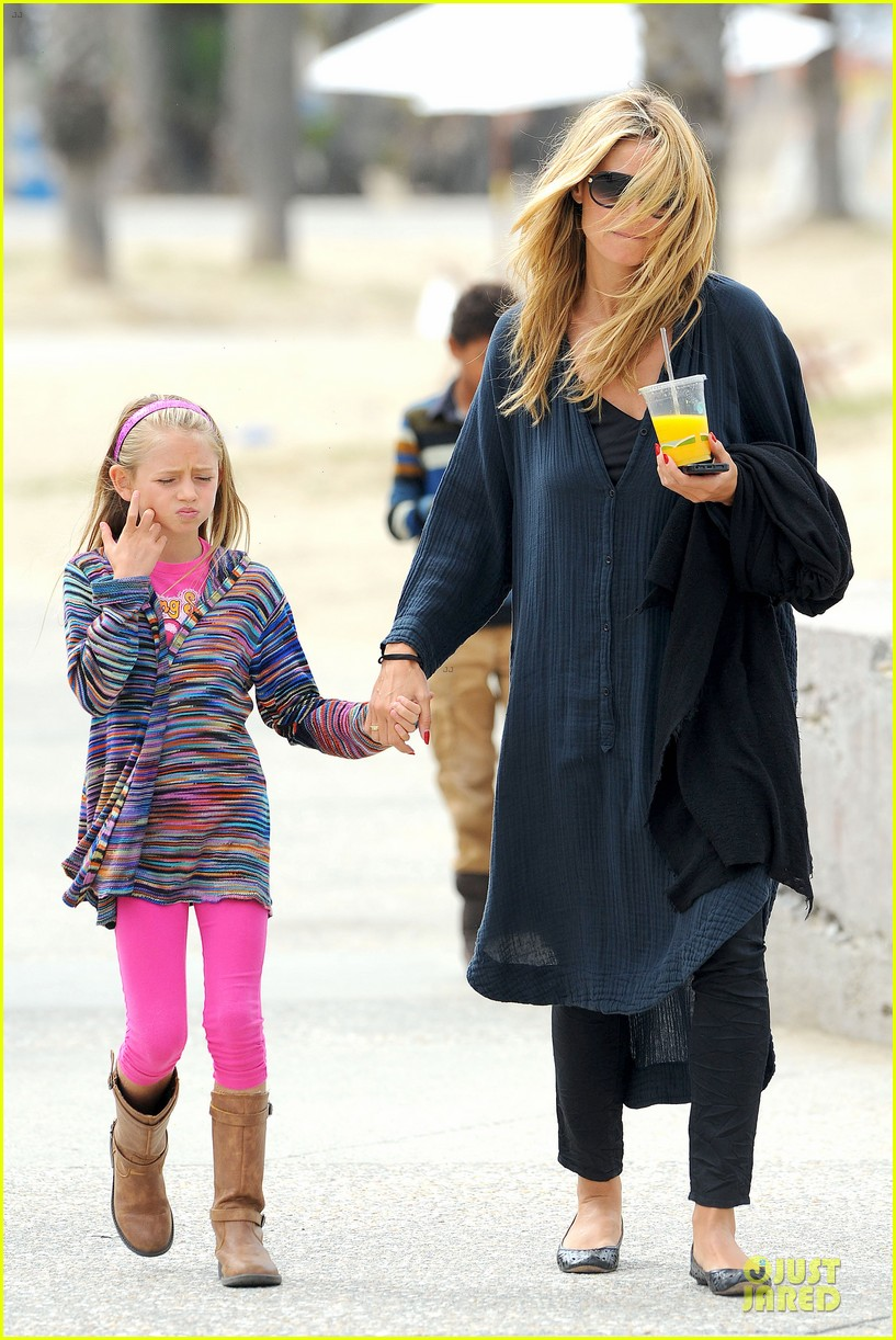 heidi klum martin kirsten venice beach bonding after nyc departure 092909051