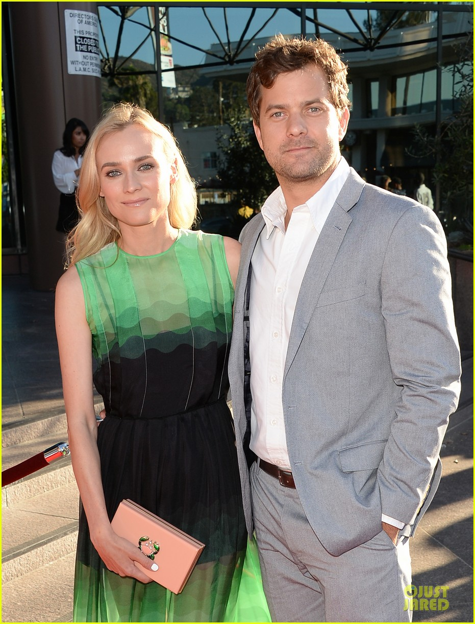 diane kruger joshua jackson the bridge premiere 022906287